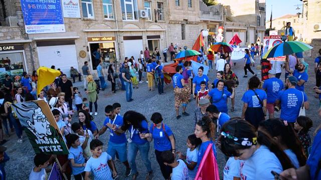 'Uçan Halı Mardin Çocuk Müzik Festivali' başladı