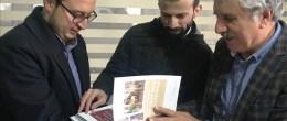 Mardin Büyükşehir Belediyesi hazırladığı yıllıkları dağıtıyor