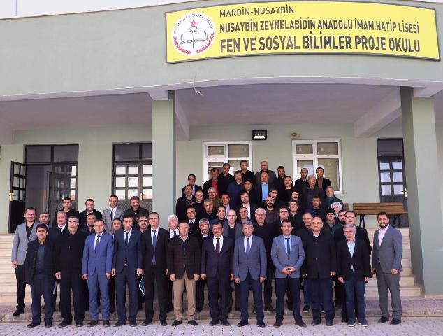 Mardin Milli Eğitim Müdürü Sarı  okul müdürleriyle bir araya geldi