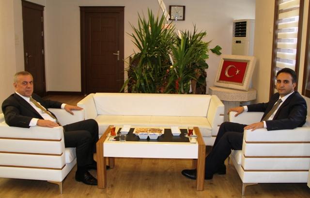 Başkan Şahin, Kaymakam Dündar'ı  ziyaret etti