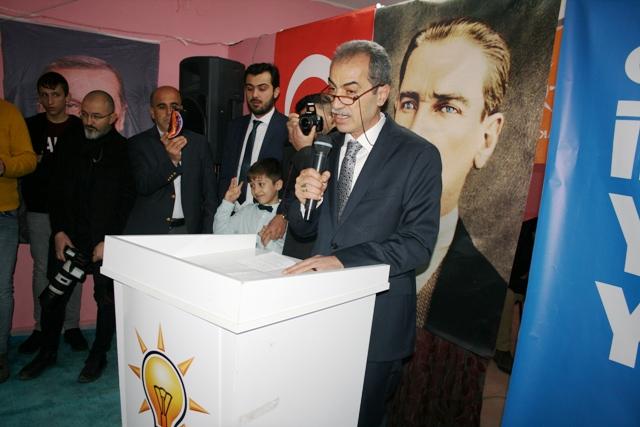 Ak Parti Ömerli İlçe Başkanlığına  Mehmet Zeki İpekşen yeniden seçildi