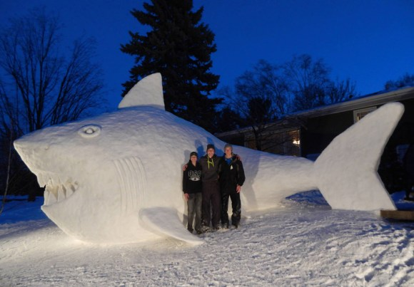 giant-snow-sculptures-bartz-brothers-5