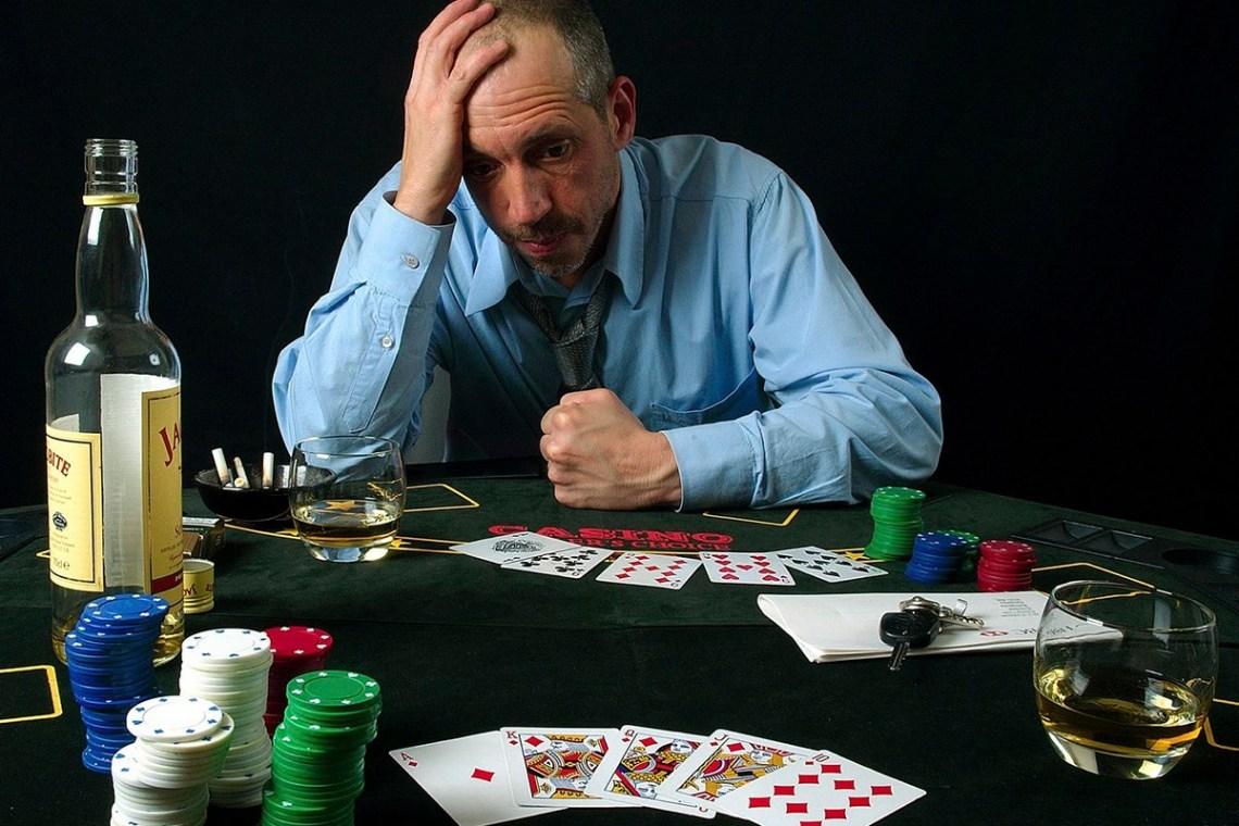German regulator urges gambling review