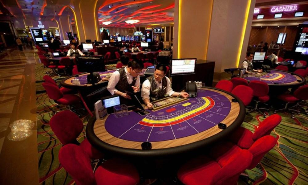 Macau would enhance workers' benefits