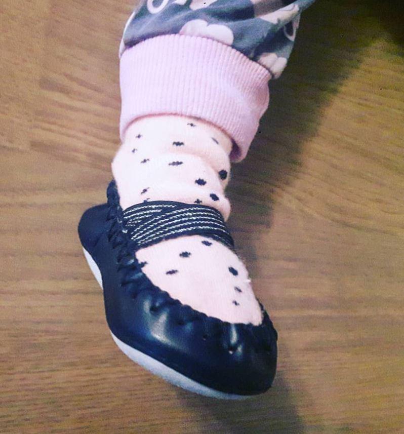 crawling shoes - shoe shopping for babies