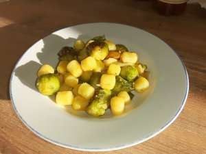 Roasted gnocchi and Brussels sprouts recipe