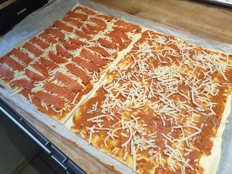 Pizza sticks - preparation step 4