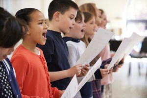 singing helps reading