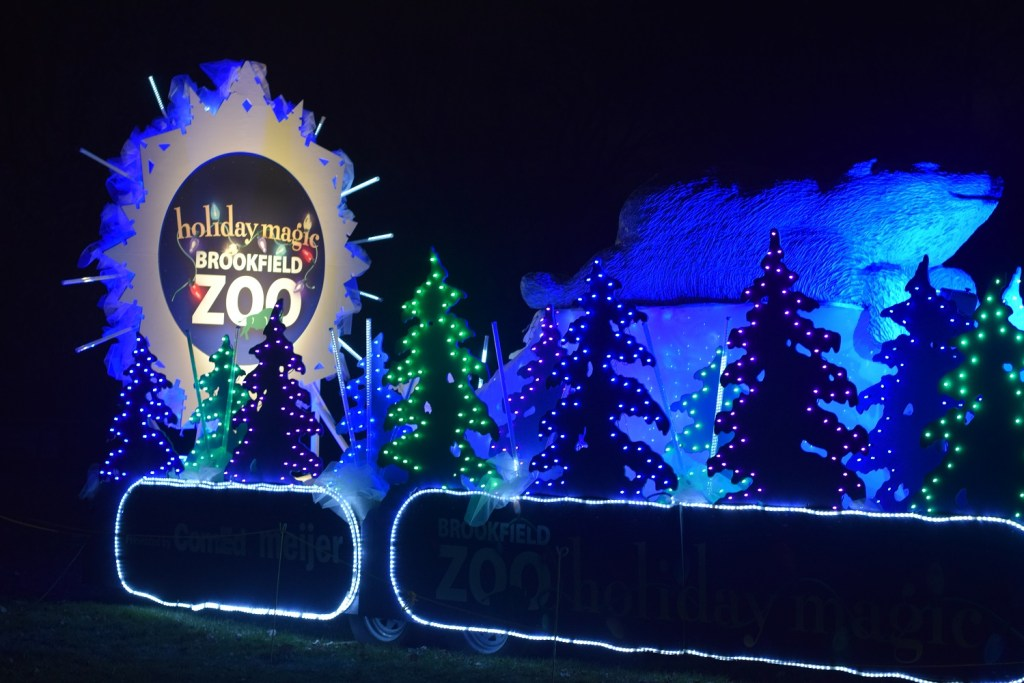 Brookfield Zoo's Holiday Magic Experience 2017 near Chicago