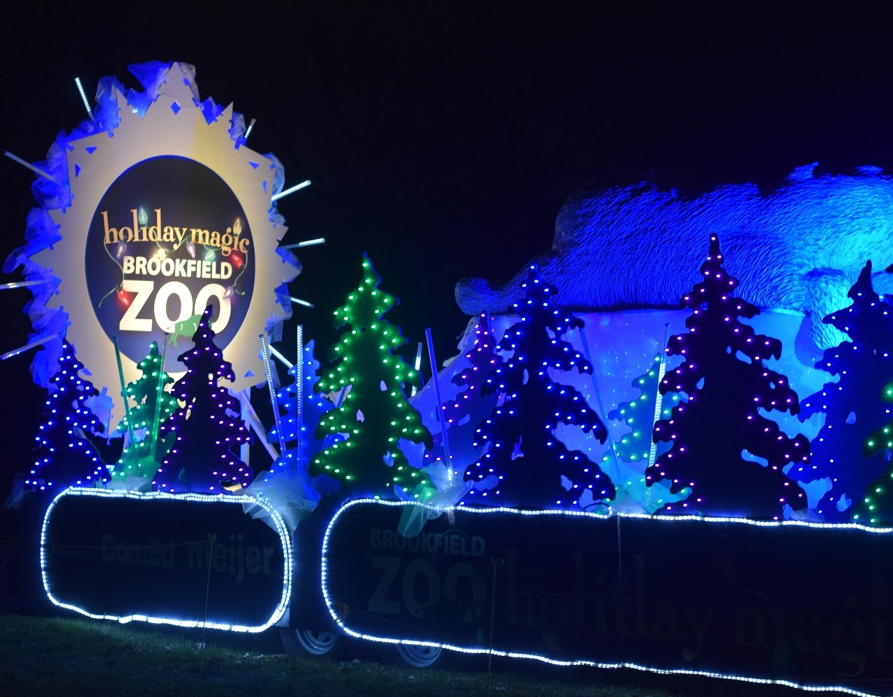 Holiday Magic Experience at Brookfield Zoo