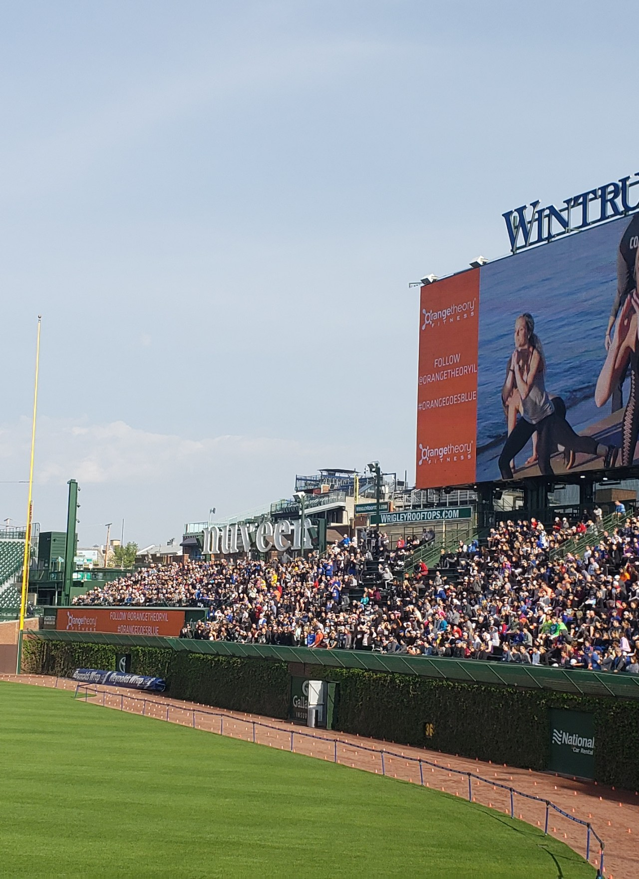World's Largest HIIT Class Record Attempt at Wrigley Field