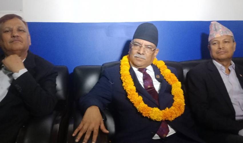 सरकार फेरबदलको कुरा प्रधानमन्त्री केपी शर्मा ओलीमा भर पर्ने प्रचण्ड