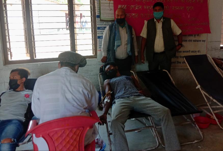 नेकपा बैजनाथले ग¥यो रक्तदान