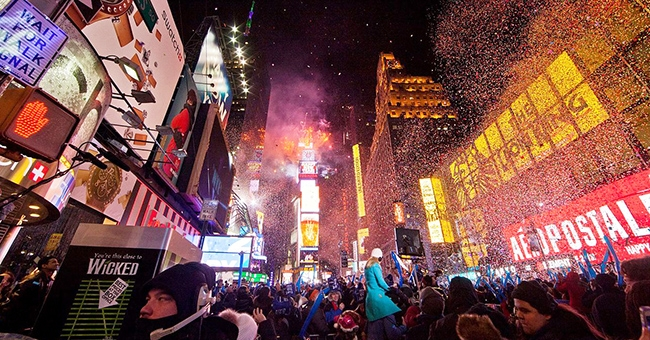 New Year Anthony Quintano, CC by 2.0 Wikimedia Commons