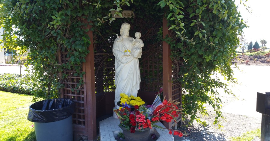This Father's Day, Entrust Your Dad to St. Joseph