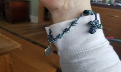 Our Lady Undoer of Knots, Bracelet