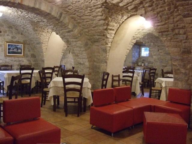 Dining Room at la Piana dei Mulini