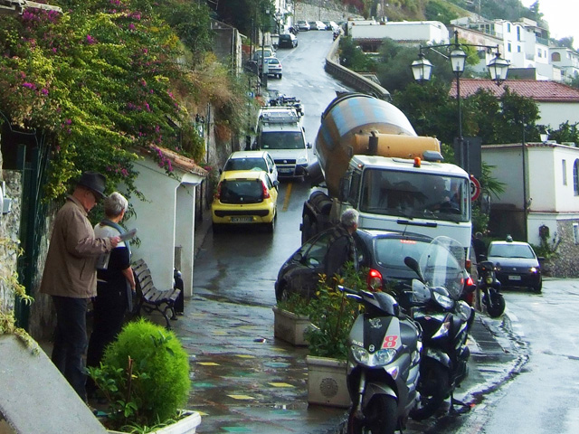 Driving in Positano Photo by Margie Miklas