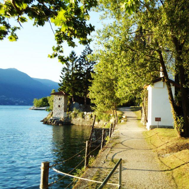 Source: http://ninehoursofseparation.blogspot.it/2011/07/le-fornaci-di-calde-il-lago-non-ancora.html