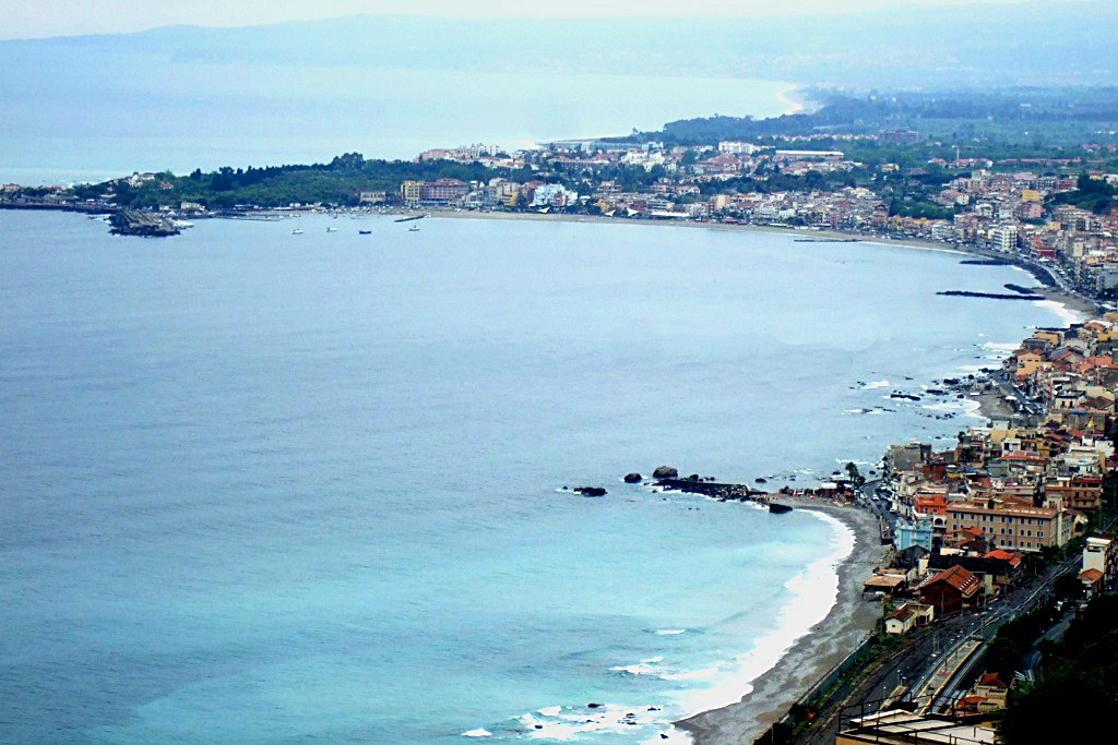 Giardini-Naxos: Where the Locals Go in Sicily