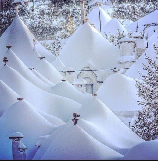 Snow in Alberobello Photo by Solanda Tours https://www.instagram.com/solanda_tours_dmc/
