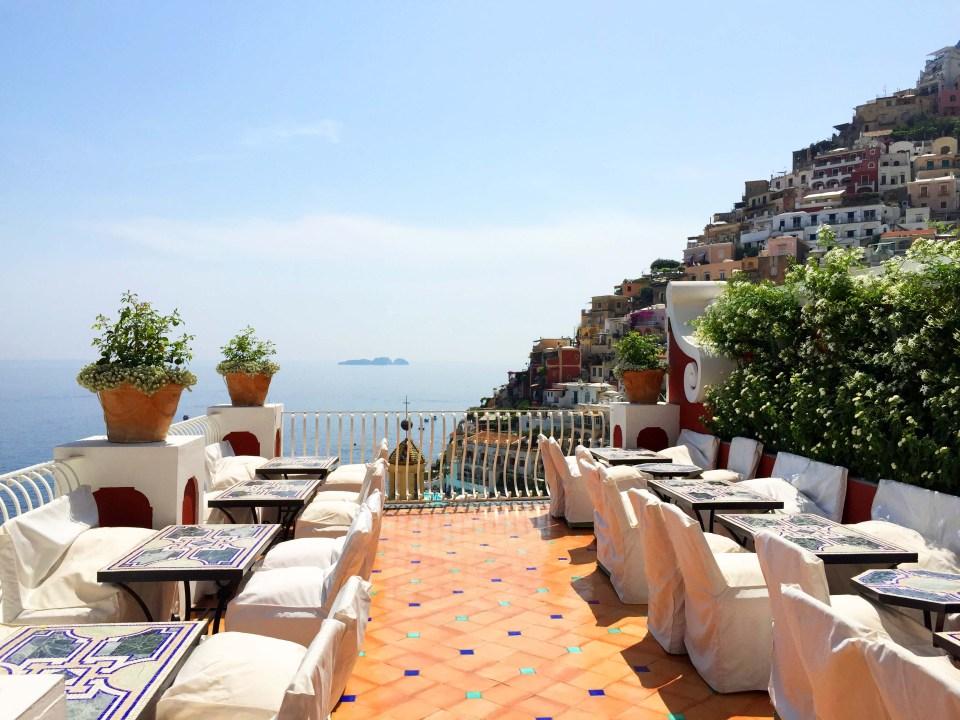 Le-Sirenuse-terrace-View-Positano