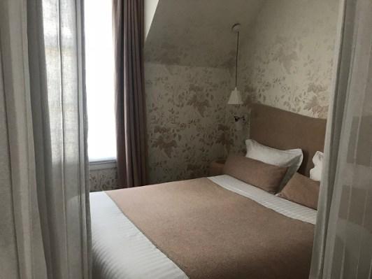 Hotel Le Lapin Blanc Paris Photo by Margie Miklas