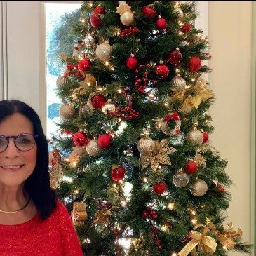 Holiday Greetings from Margie in Italy