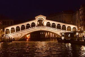 Venice-Rialto-Night