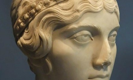 Wealthy Women in the First-Century Roman World and in the Church
