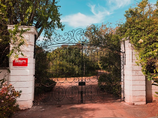 Entrance to Esmond Bradley Martin's estate