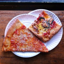 One-day self-guided pizza tour of Williamsburg & Greenpoint, Brooklyn