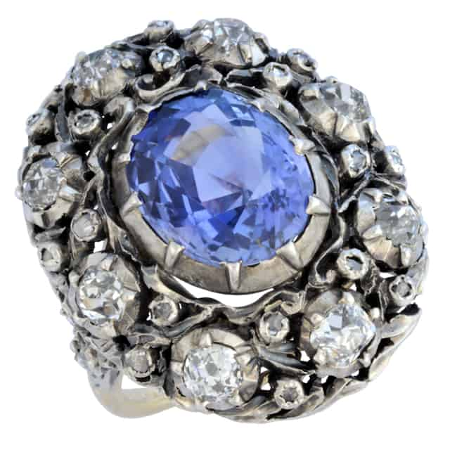 Vintage Buccellati Sapphire Ring Image