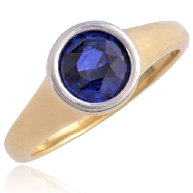 "Vintage ""Bulgari"" Gold Ring with Blue Sapphire Image"