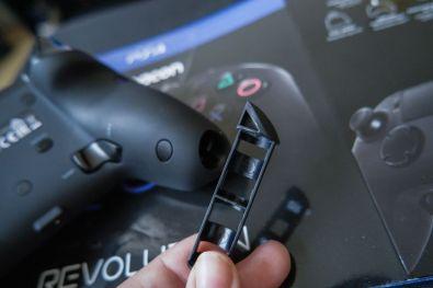 PlayStation-4-Revolution-Pro-Controller-Nacon-10