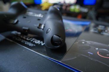 PlayStation-4-Revolution-Pro-Controller-Nacon-11