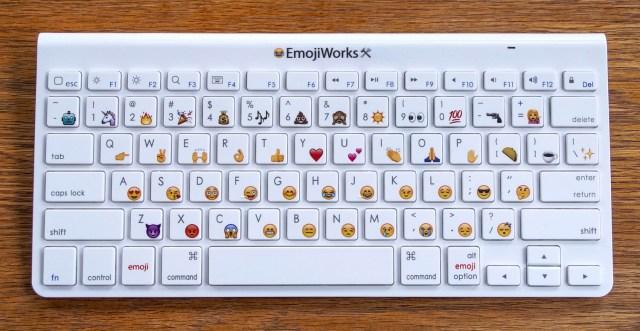 Teclado Emoji simple Maria en la red