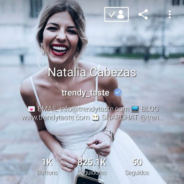 trendy_taste en 21 buttons | Maria en la red