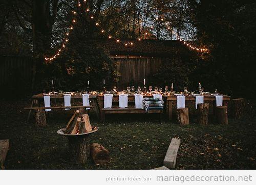Un mariage intime au jardin au soir