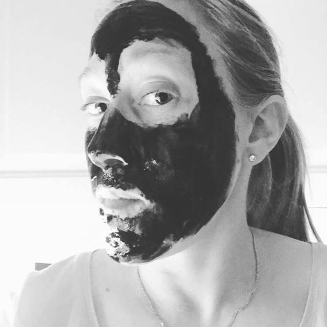 Jag avskyr pormaskar! Denna ansiktsmask lovade att ta bort demhellip