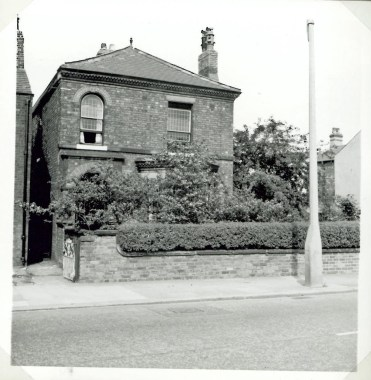 Worsley Rd. where I stayed in 1970