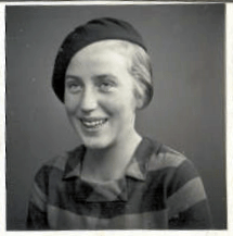 Eva as a young teenager