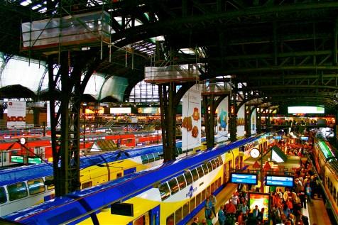 Hauptbahnhof (central station), Hamburg, Germany