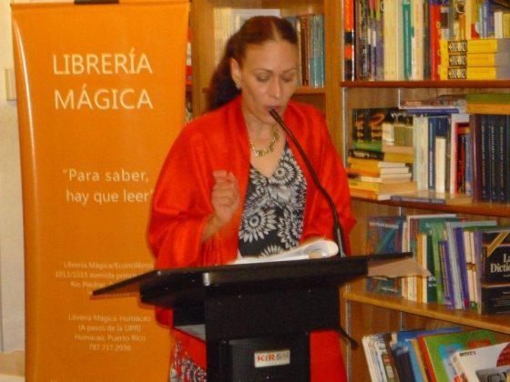 La poeta Mayda Colón