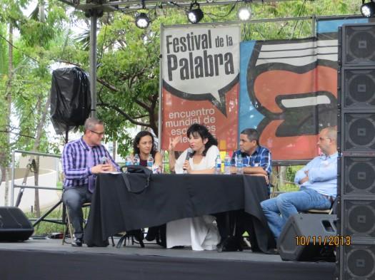 Lina Meruane, Eugenia Rico, Pedro Antonio Valdez, Eduardo Lado. (moderador Emilio del Carril).