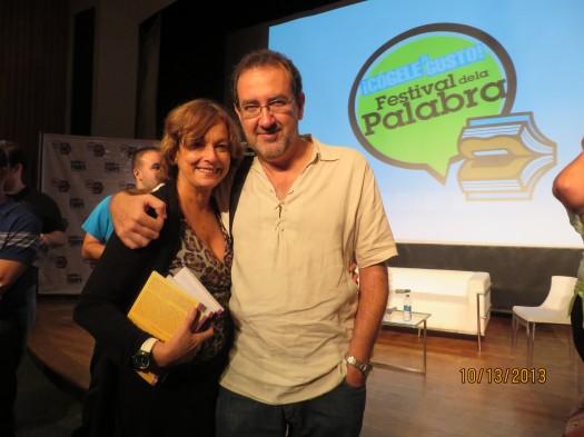 María Juliana Villafañe junto a José Manuel Fajardo al finalizar el Festival de la Palabra 2013.