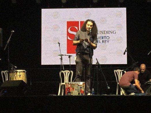 Poetas de NY Festival de la Palabra Bonafides Rojas