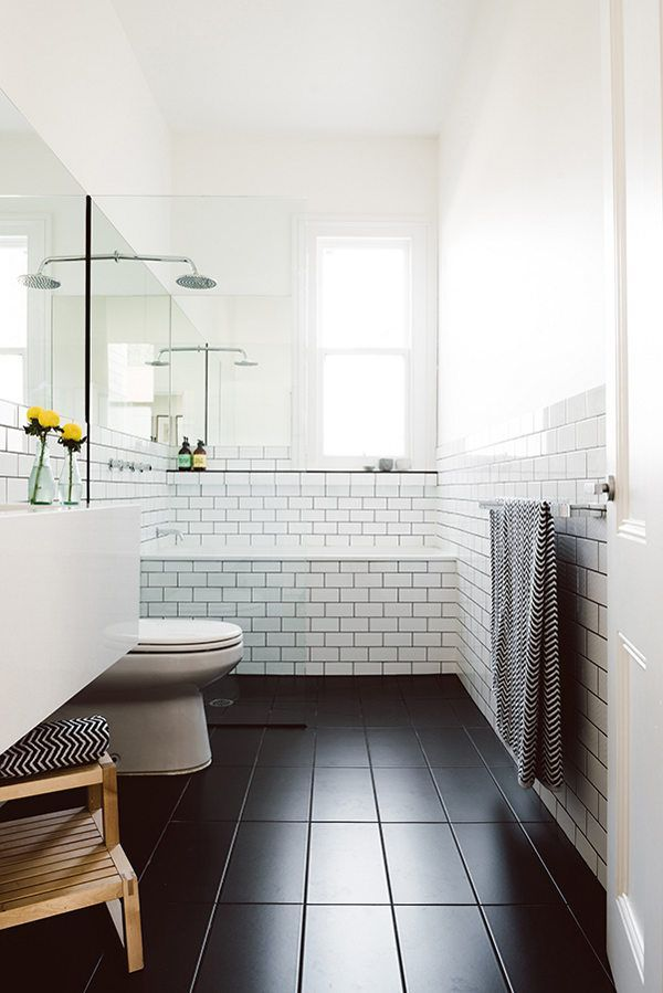 how to decorate with black tile