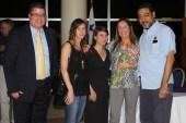De izquierda a derecha : Enrique , Rosario Chercoles , Maria Chercoles , Maria Laura De Piano y el escritor Héctor Aquiles González . Entrega Premio Diplomado en Creación Literaria 2016
