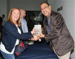 Con el escritor Héctor Aquiles González 4